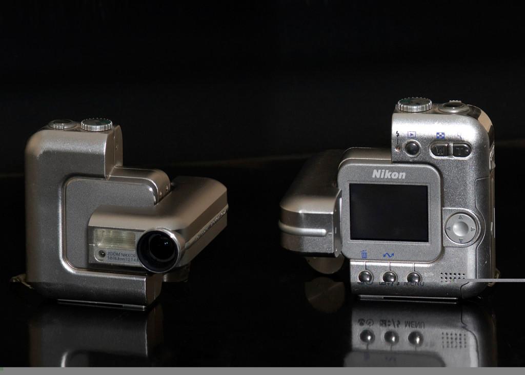 Nikon Coolpix SQ, lansert i februar 2003. 3 megapiksler, 3x optisk zoom. (Foto: Wikimedia Commons)