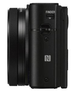 I LOMMA: Sony Cyber-shot DSC-RX100 V får plass i lomma når objektiv og søker er innfelt. (Foto: Sony)