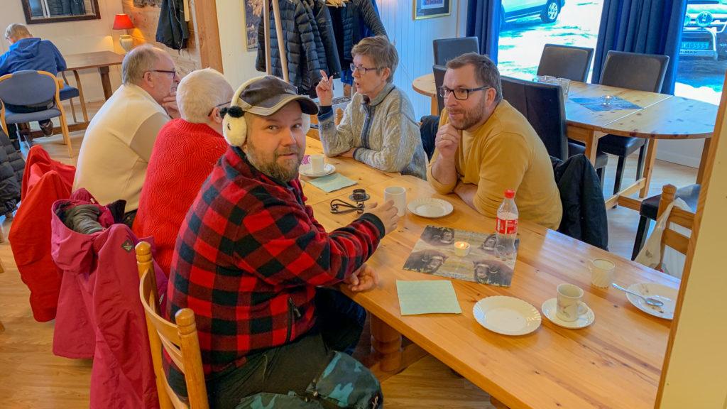 Lønset kafé – Haldor Strand